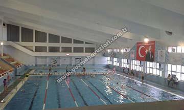 Atatürk Kapalı Yüzme Havuzu